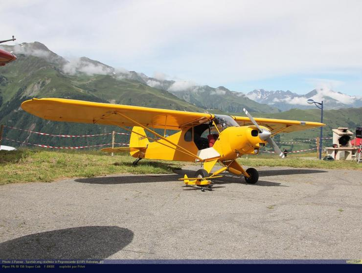 PA-18_F-BKBE_Peyresourde_(LFIP)-Balestas__(F)-24689-par-SpotAir