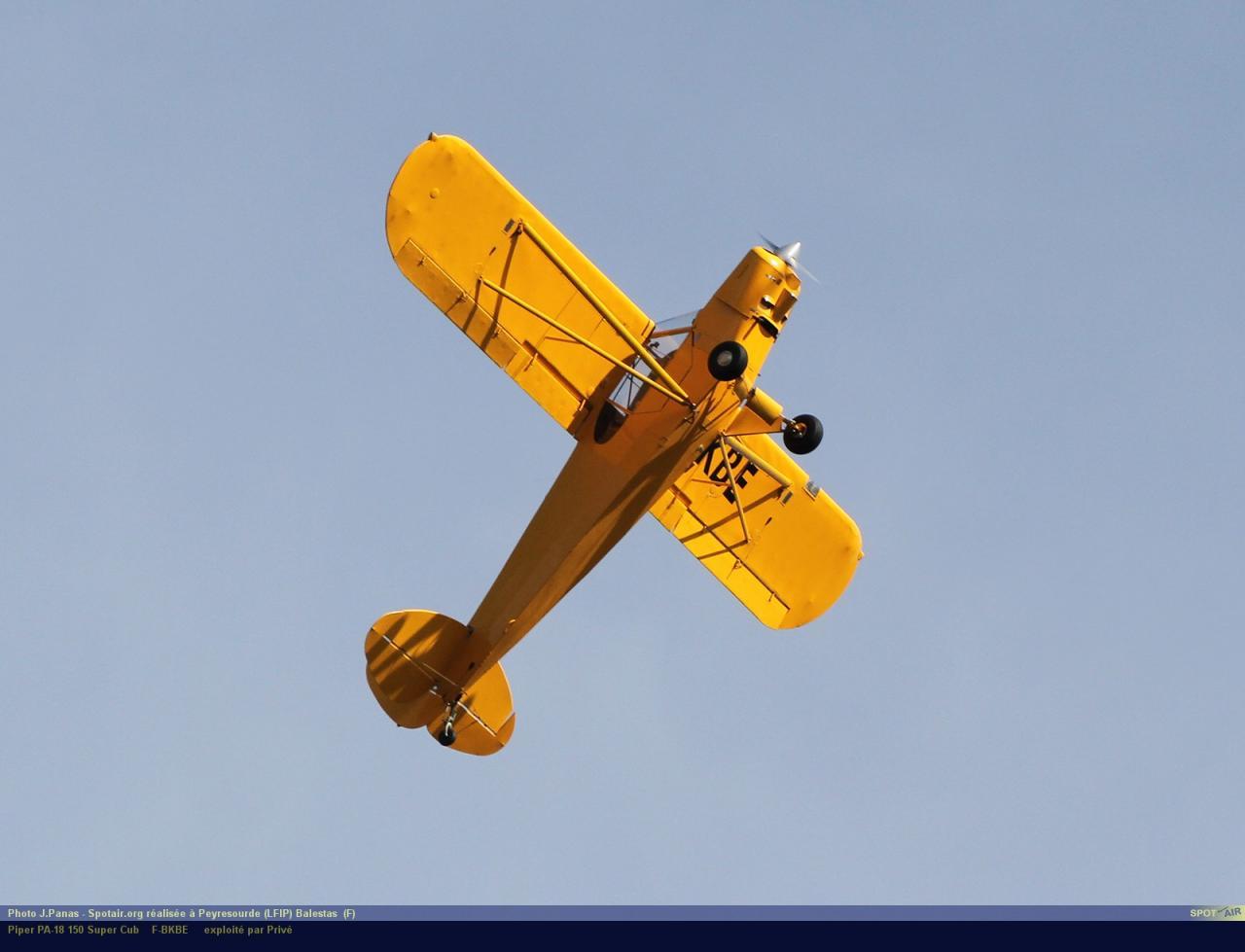PA-18_F-BKBE_Peyresourde_(LFIP)-Balestas__(F)-24763-par-SpotAir